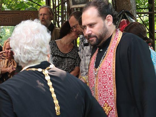 Настоятель известного псковского храма осужден за хранение оружия и наркотиков