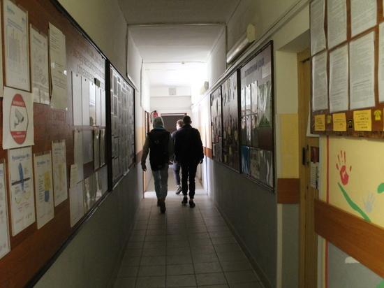 Почему учителя псковской Вечерней школы готовы выйти на забастовку?