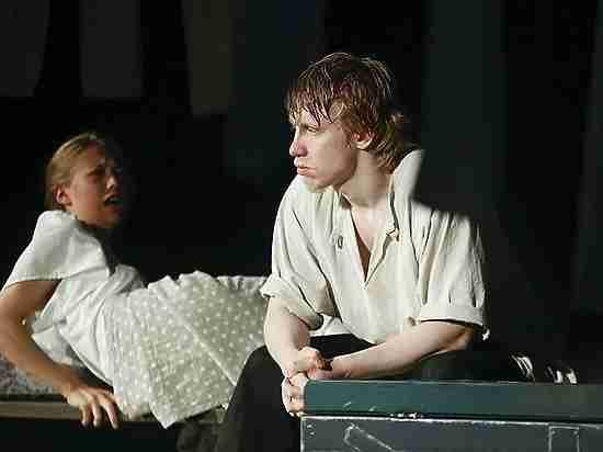 Трагедия в Псковском театре драмы: Золушка сбежала с Принцем