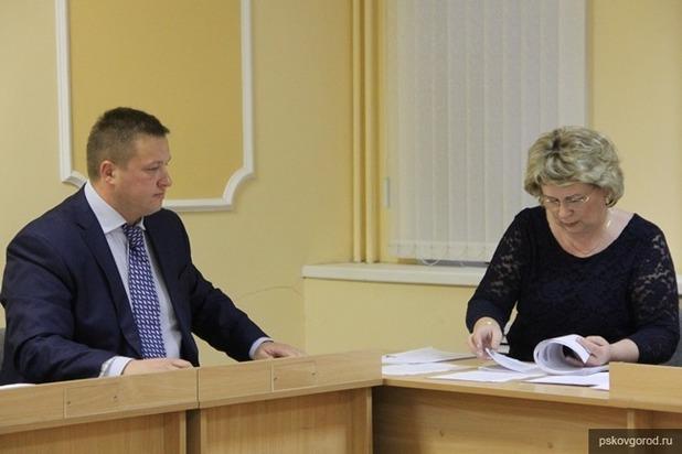 Еще два жителя Пскова захотели стать сити-менеджерами