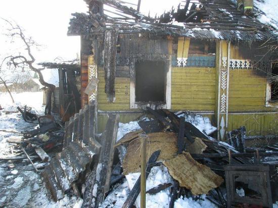 Псковский Следком возбудил уголовное дело после гибели детей на пожаре